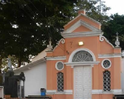 Capela Cemitério da Penha